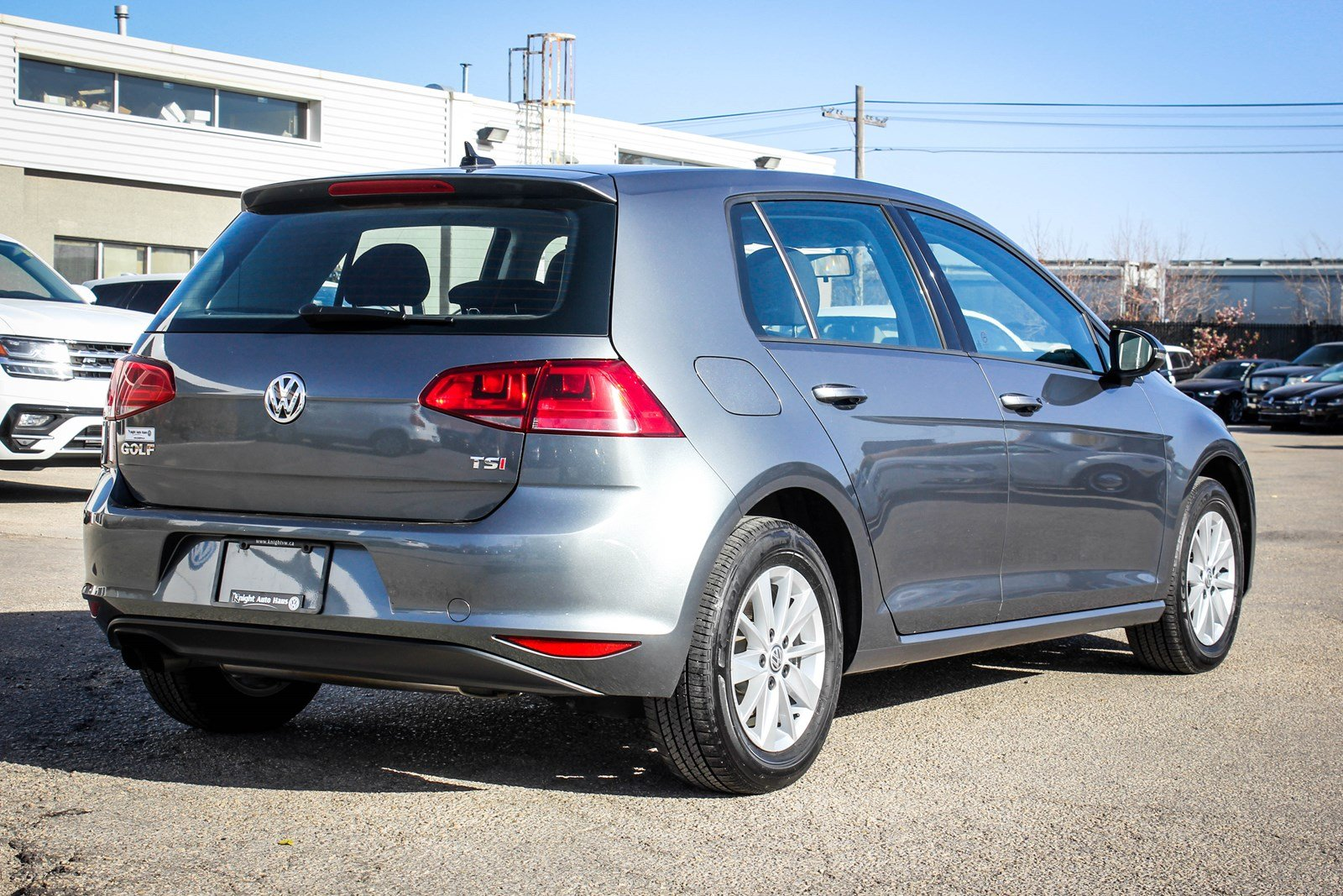 2016 volkswagen golf w app connect backup cam financing avail oac fwd hatchback auto. Black Bedroom Furniture Sets. Home Design Ideas